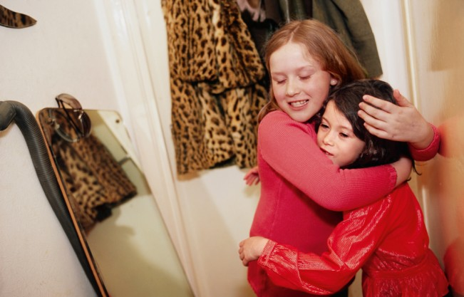 164-5-Mia-hugging-Georgia-651x417